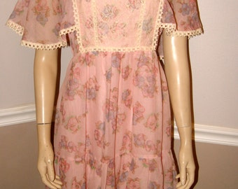 Pretty floral pink 70's dress Small/Medium /Flutter Romantic Sleeves