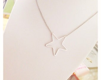 2015 Make a wish ! Long necklace in silver with large pendant in various forms
