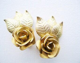 Judy Lee Mesh Flower Clip Earrings Designer Signed Jewelry Vintage Costume Jewelry