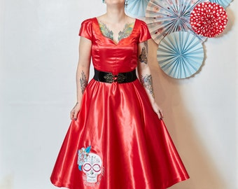 Red wedding dress ~ Alternative wedding dress ~ embroidered dress ~ Day of the dead  ~ Dias de los muertos ~ Retro dress ~ 50s dress