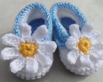 Crochet Daisy Baby Girl Booties, Knitted Baby Shoes,