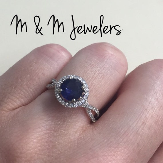14K White Gold 1.21ct Sapphire Ring with Diamond Halo and Twisted Band