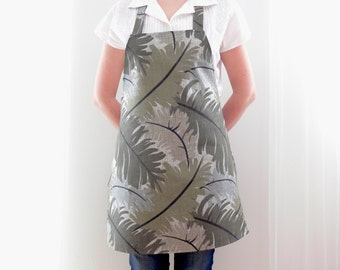 Cotton Apron, Green Apron, Full Apron, Womens Aprons, Kitchen Apron, Baking Apron, Aprons for women, Chef Apron, Silverfrosthandmade