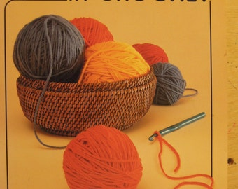 First Steps in Crochet 1983 by Mary Thomas