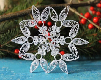 MERIBEL snowflake - Paper quilled ornament - Christmas decoration - Handmade gift