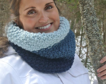 Blue Ombre Chunky Hand Knit Cowl