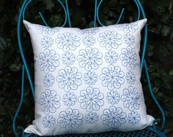 Limited Edition Blueberry Wheel Courtyard Pillow