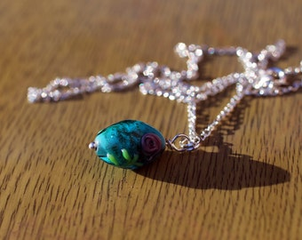 Blue Glass Bead With Rose Necklace