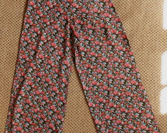 Reworked Vintage Black and Red Floral High-Waisted Wide Leg Trousers / Palazzo Pants Size Small