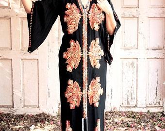 Flaming Long, Kaftan Dress, Galabiya 60s, Vintage Black, Orange Embroidered, Kaftan Boho, Caftan Dress Maxi, Indian  Ethnic, Hippy Dress