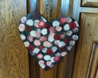 Suspension heart wooden