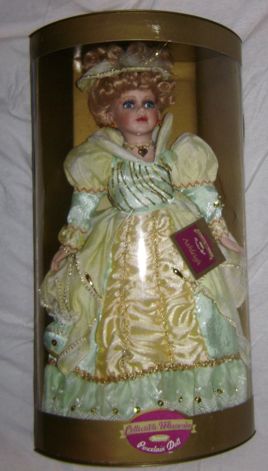 Vintage Collectible Memories Porcelain Doll Ashleigh in the