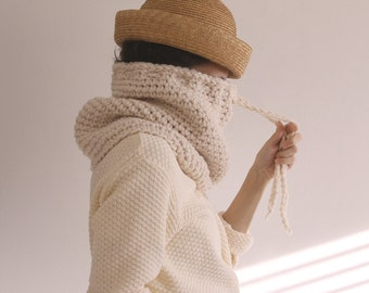 Ready To Ship! The Nantucket Cowl in Buttercream Frosting