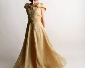 Vintage 1940s Prom Dress - Golden Saffron Glitter Star Print Maxi Dress - Small