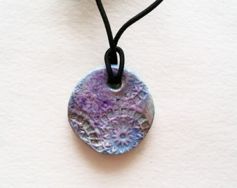 Aromatherapy Essential Oil Diffuser Jewelry Pendant Necklace Bohemian Old World Style Pendant