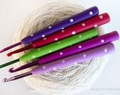 Crochet Hook Starter 5 Pack, 4mm, 5mm, 5.5mm, 6mm & 6.5mm - US size G,H,I,J,K - Made-to-order, choose your colours