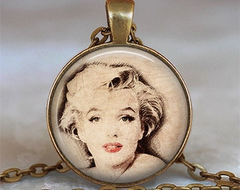 Marilyn Monroe pendant, Marilyn Monroe necklace, Marilyn pendant, Hollywood actress pendant, keychain key chain key fob