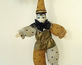 DraMa QUeen Vtg Christmas Tree Ornament Decoration Pierrot Clown Puppet Doll Masquerade Carnival Beautiful Face Festive Gold Black Silver
