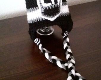 Crochet LA Kings inspired beanie