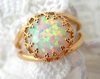 Opal ring,White opal ring,fire opal ring,Gold ring,Gemstone ring,opal ring,white stone ring,October birthstone ring,Bridal ring,Vintage styl