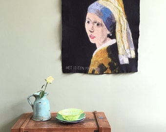 Handmade wallhanging of felt:  'Girl with the pearl'