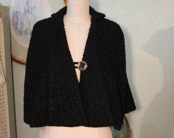 Great Little Wool Shrug/Capelet
