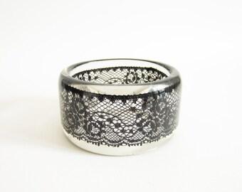 Black LACE RESIN BANGLE bracelet. Dark chic and romantic bracelet cuff