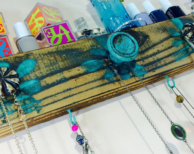 Jewelry organizer /reclaimed wood decor /necklace Holder / wall hanging jewellry storage/ rustic distressed flowers 6 teal hooks 5 knobs