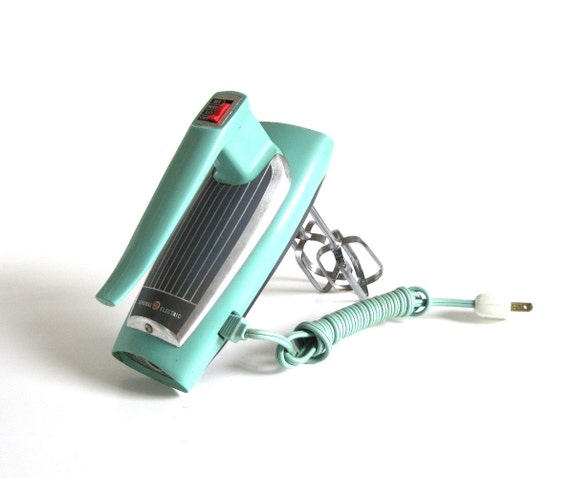 """GE Hand Mixer General Electric Mixer Turquoise 1960s Kitchen Appliance Mixers (As-Is, see """"Item Details"""")"""