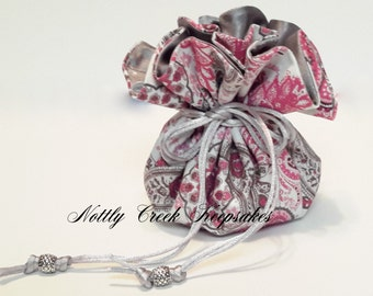 Paisley Jewelry Drawstring Pouch / Travel Jewelry Organizer / Cosmetic Organizer / Gift Bag / Pink and Grey Paisley with Grey Satin Inside