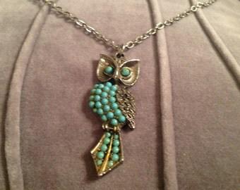 Lovely 1970s Owl Pendant | FREE SHIPPING