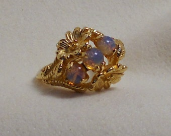 Opalescent Ring Sz 7 to 8.5