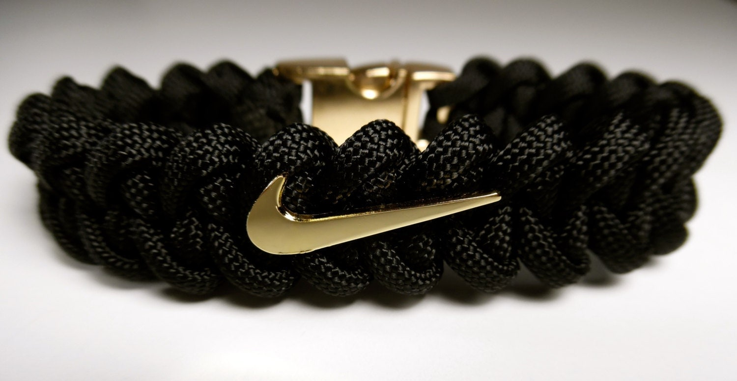 NIKE Swoosh Bracelet with a Metal Gold Chrome or by ...