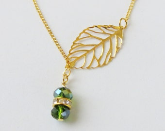 Leaf and Green  Swarovski crystal Pendent Necklace. Simple Tiny Bead Necklace. Swarovski crystal Pendant Silver necklace, Handmade Jewelry