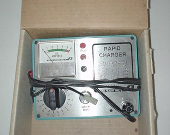 VINTAGE - Astro Flight Model 103 DC/DC Charger, NiCd Charger, in Original Box