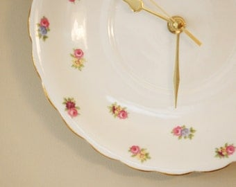 Ditsy Floral China Plate Clock