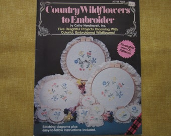 Country Wildflowers to Embroider,5 projects, iron on patterns,book,needlecraft,embroidery