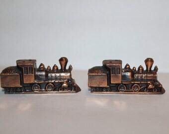 Salt and Pepper Shakers, Trains, Locomotive
