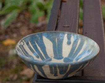 White & Floating Blue Earthernware Bowl