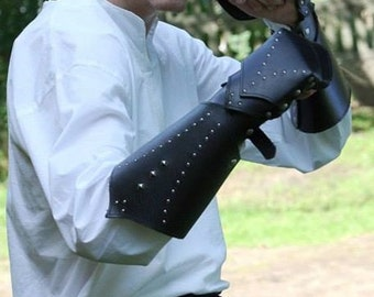 Leather gauntlets for warrior