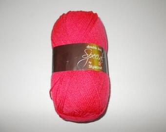Stylecraft Special DK  yarn, 100g, POMEGRANATE, red