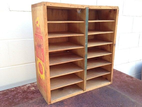 Vintage wooden pie crate shelf fresh table talk display