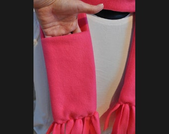 Pocket scarves... Choose from 3 colors: Pink, Grey, or Blue Plaid.