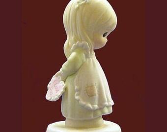 New Precious Moments GOD IS LOVE Dear Valentine, girl hiding Valentine 523518, 1990  porcelain figurine, Mint,  Never Displayed