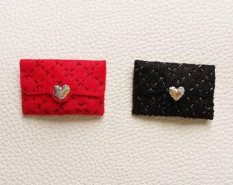 Elegant and Classic Felt Handbag Designed Hair Pin