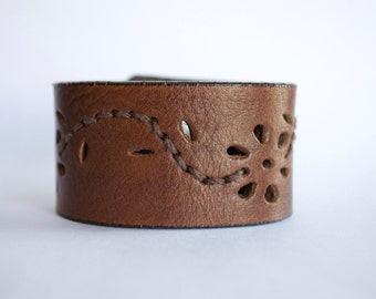 Cuff Made from Recycled Belts