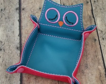 Owl Snap Trays Embroidery Machine Design for the 5x7 and 6x10 hoop