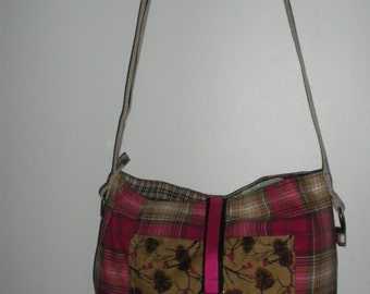 originals purses doubled with Pocket inside and outside.