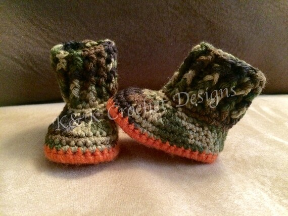 Camo Crochet Baby Booties and Hat/ Beanie by KKCrochetDesigns