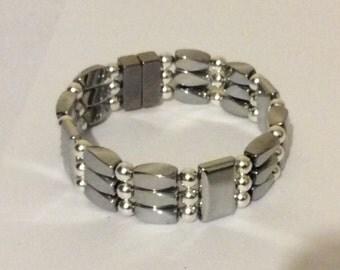 Triple Power 3 Strand Magnetic Bracelet for pain relief